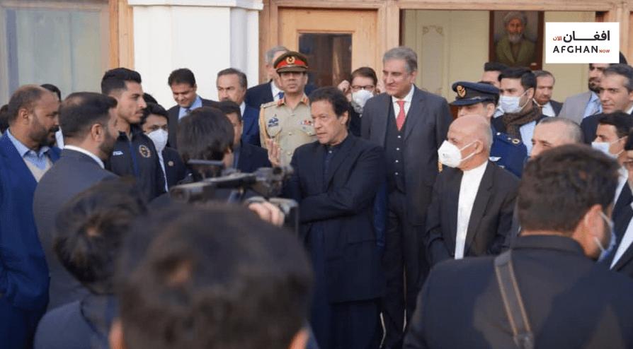 دافغانستان دکرکټ ملي لوبډلې د پاکستان لومړي وزیر عمران خان سره لیدلي دي